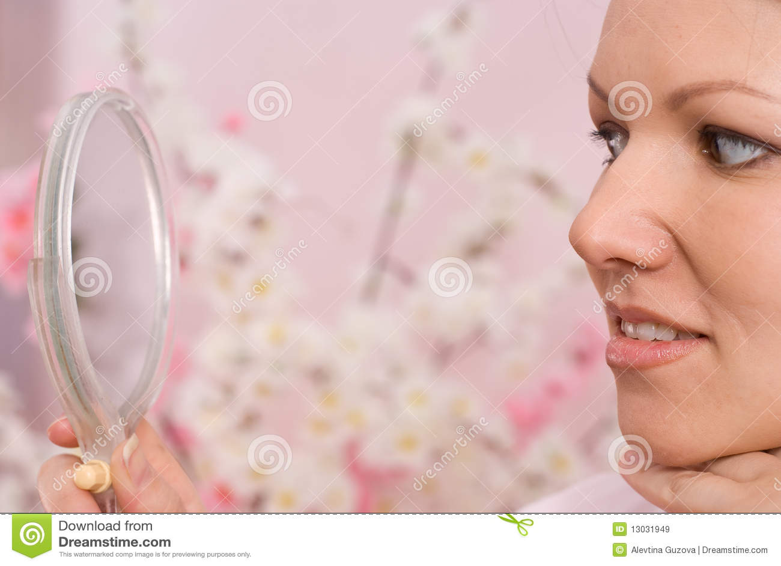 mirror Girl sitting on