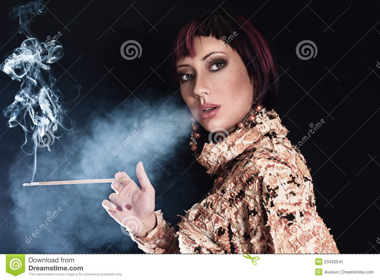 dating a girl who smokes cigarettes Lesbians and bisexual women are 2-3 times more likely to smoke cigarettes regularly than straight people, which might be one of the 46.