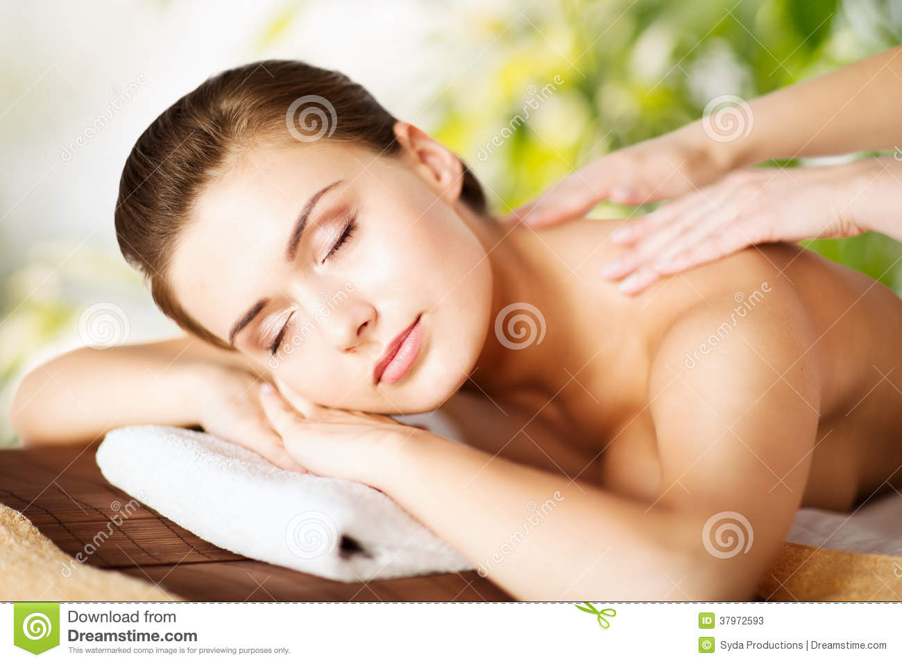 woman in spa stock image image of aromatherapy massaging 37972593. Black Bedroom Furniture Sets. Home Design Ideas