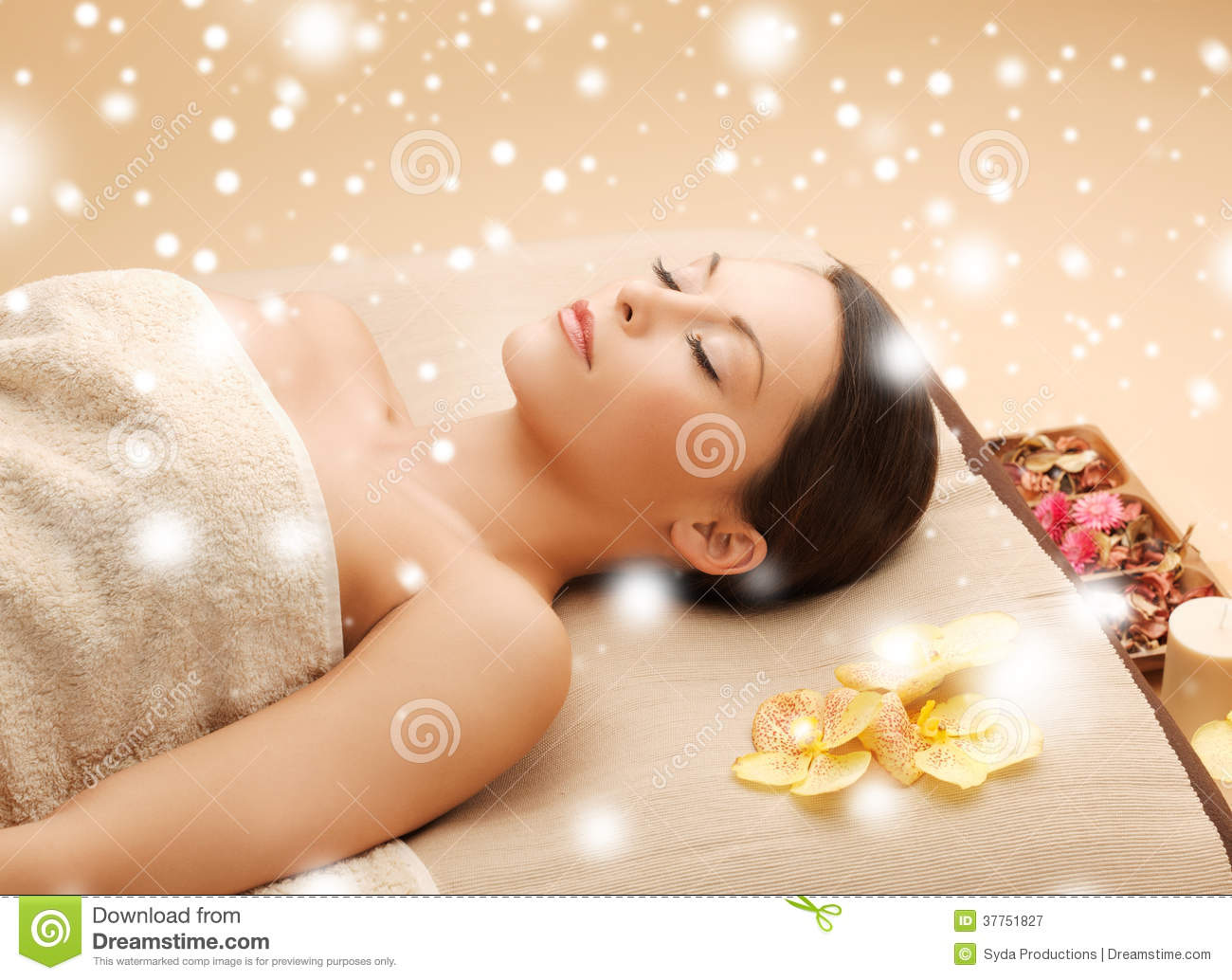 woman in spa salon lying on the massage desk royalty free stock photography image 37751827. Black Bedroom Furniture Sets. Home Design Ideas