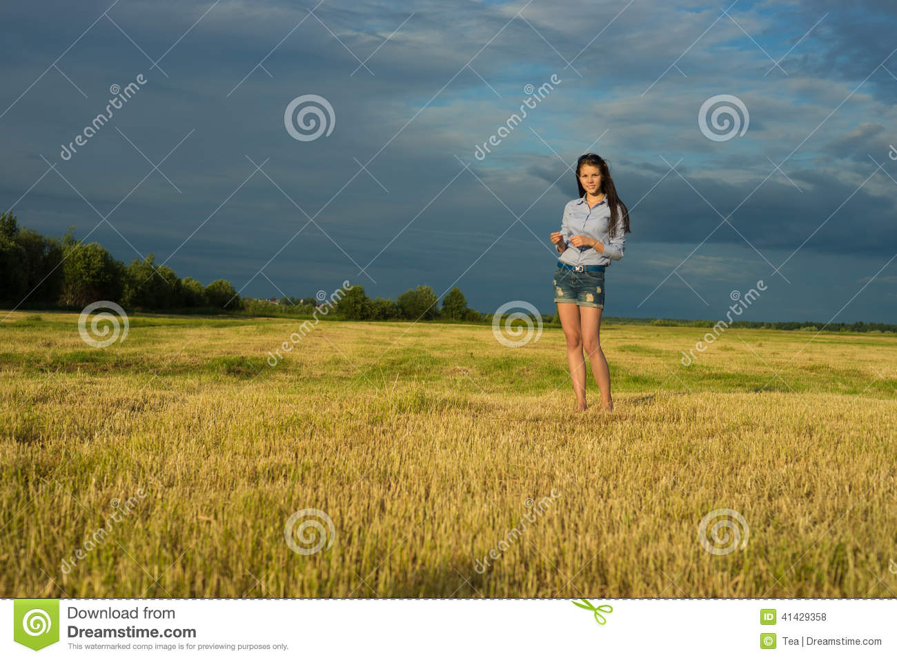 Woman stand in grass field stock photo image of outdoor for Pretty grass