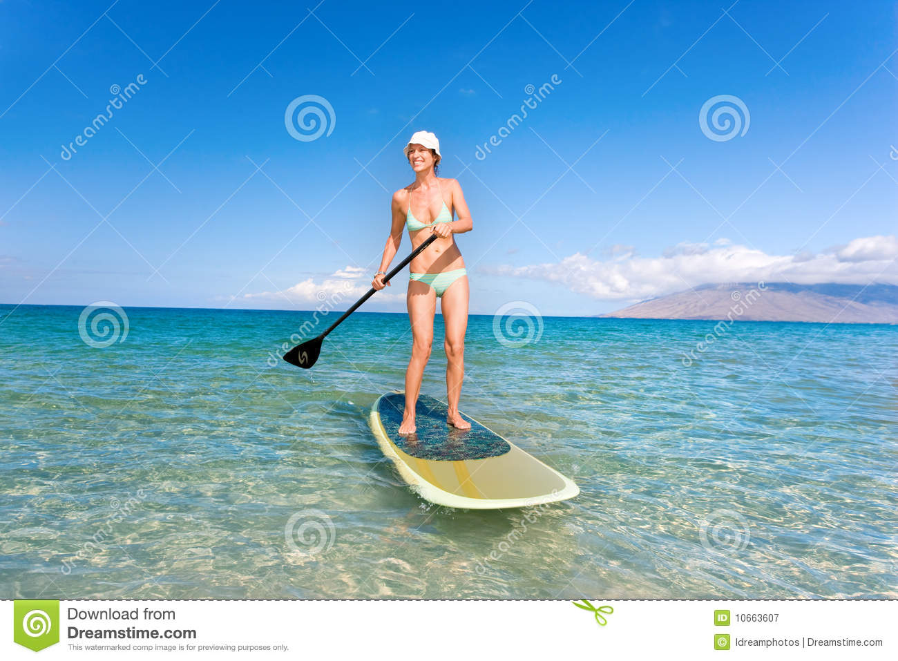 Woman stand up paddle board