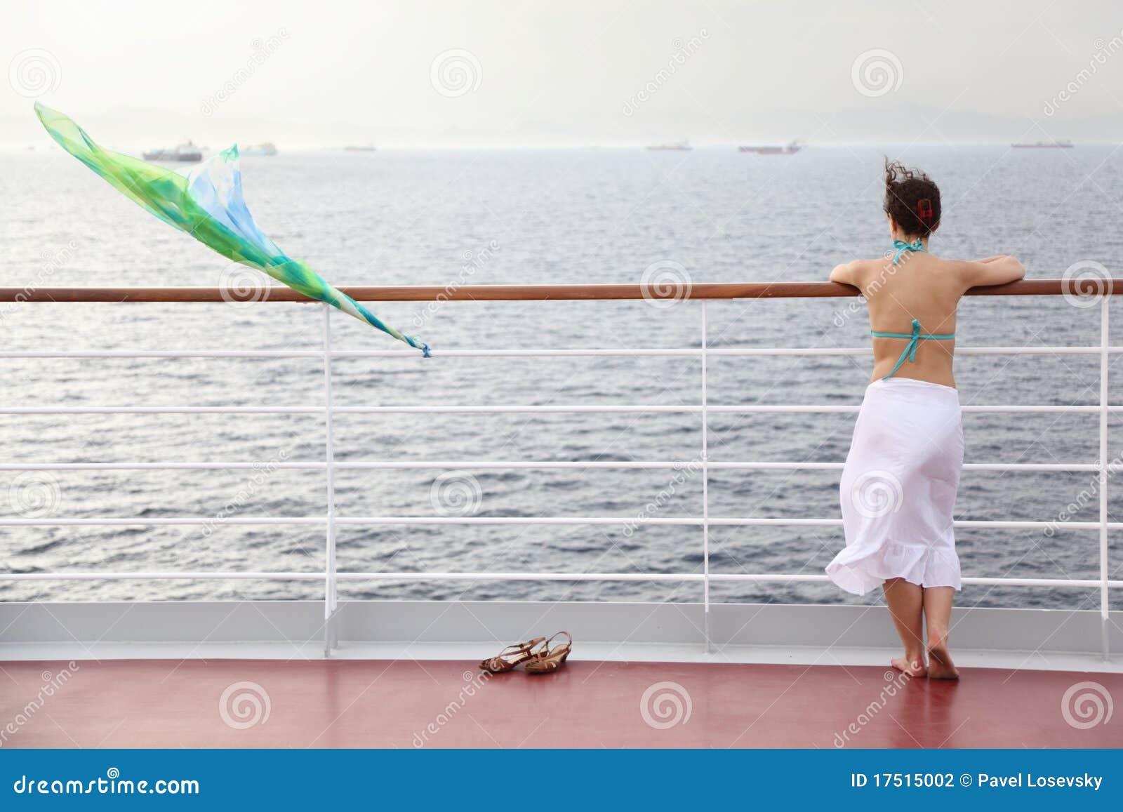 topless women cruise ship