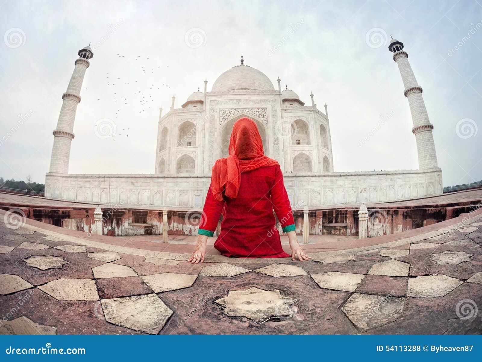 Woman in Taj Mahal