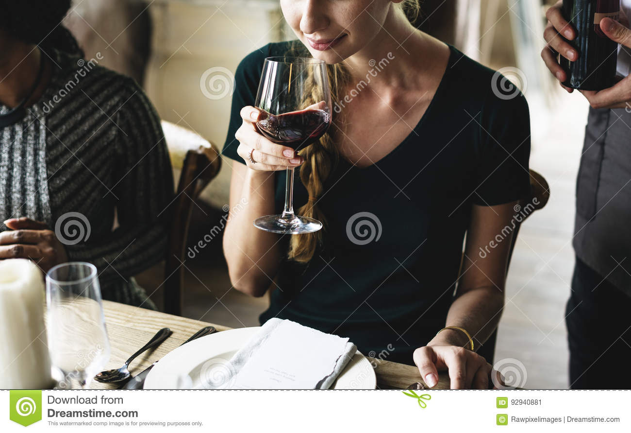 classy drinks to order for a woman