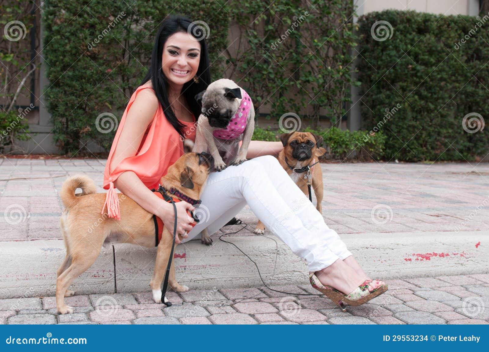 女子与狗交小�_欧美女人让狗搞-优酷图库