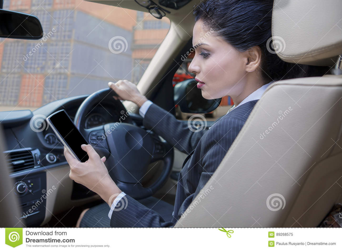 using cell phones while driving Generally, we use our cell phones in the cars, while we are running errands or conduction business from one place to another place which has lead to numerous accidents on the american highways, so the nation has begun to question should cell phones be used while driving.