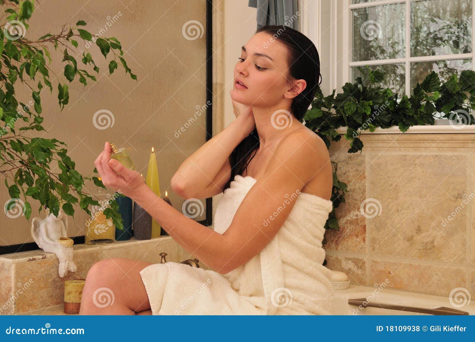 pics of women using the bathroom hopefully this