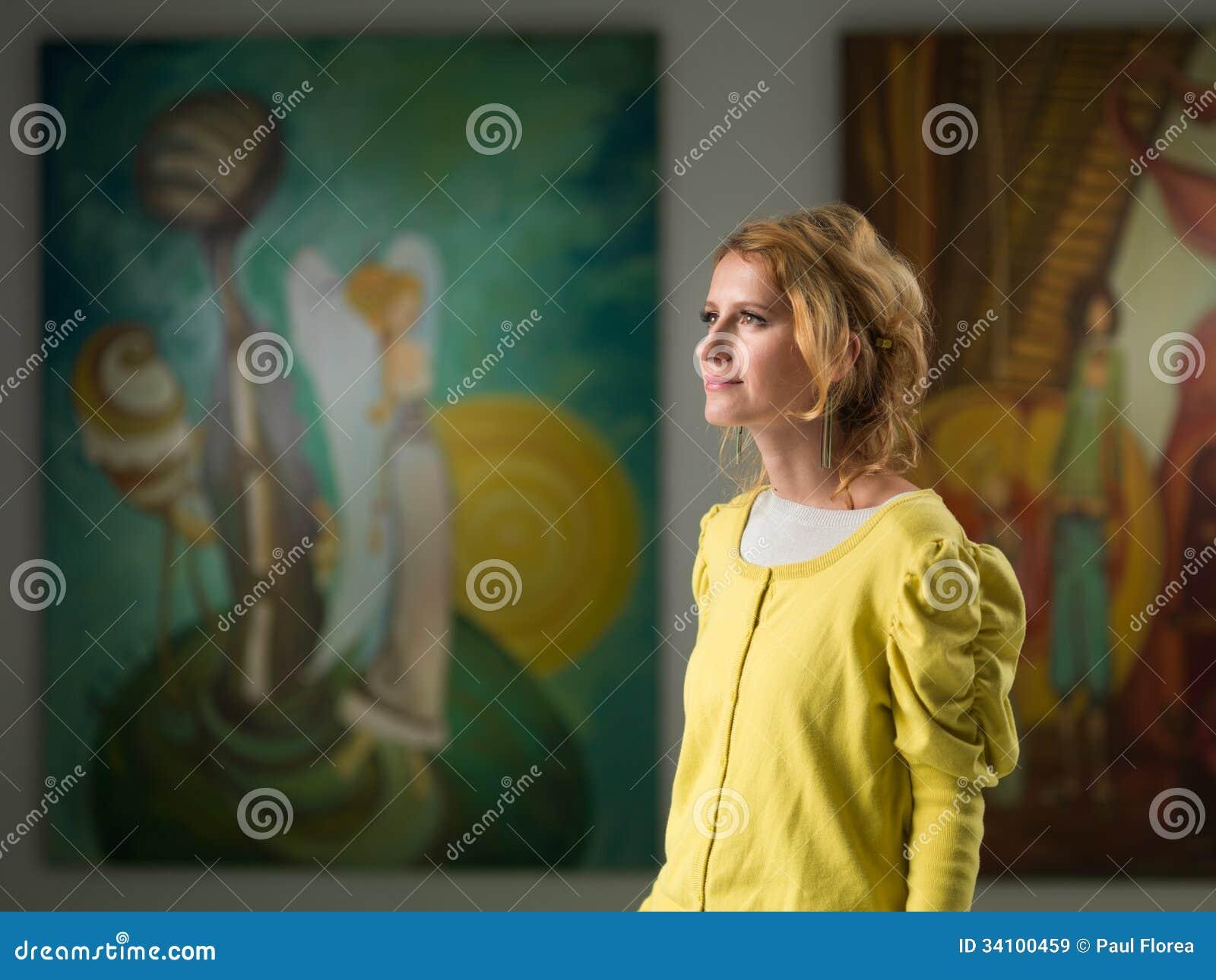 Галерея скачать фотографии женщина 0 фотография