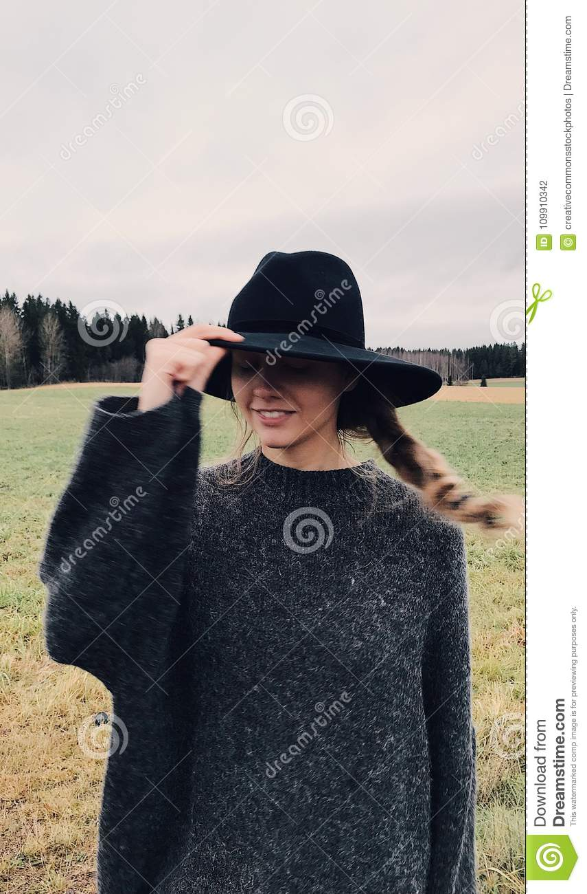 Free Public Domain Cc0 Image Woman Wearing And Holding Black Summer