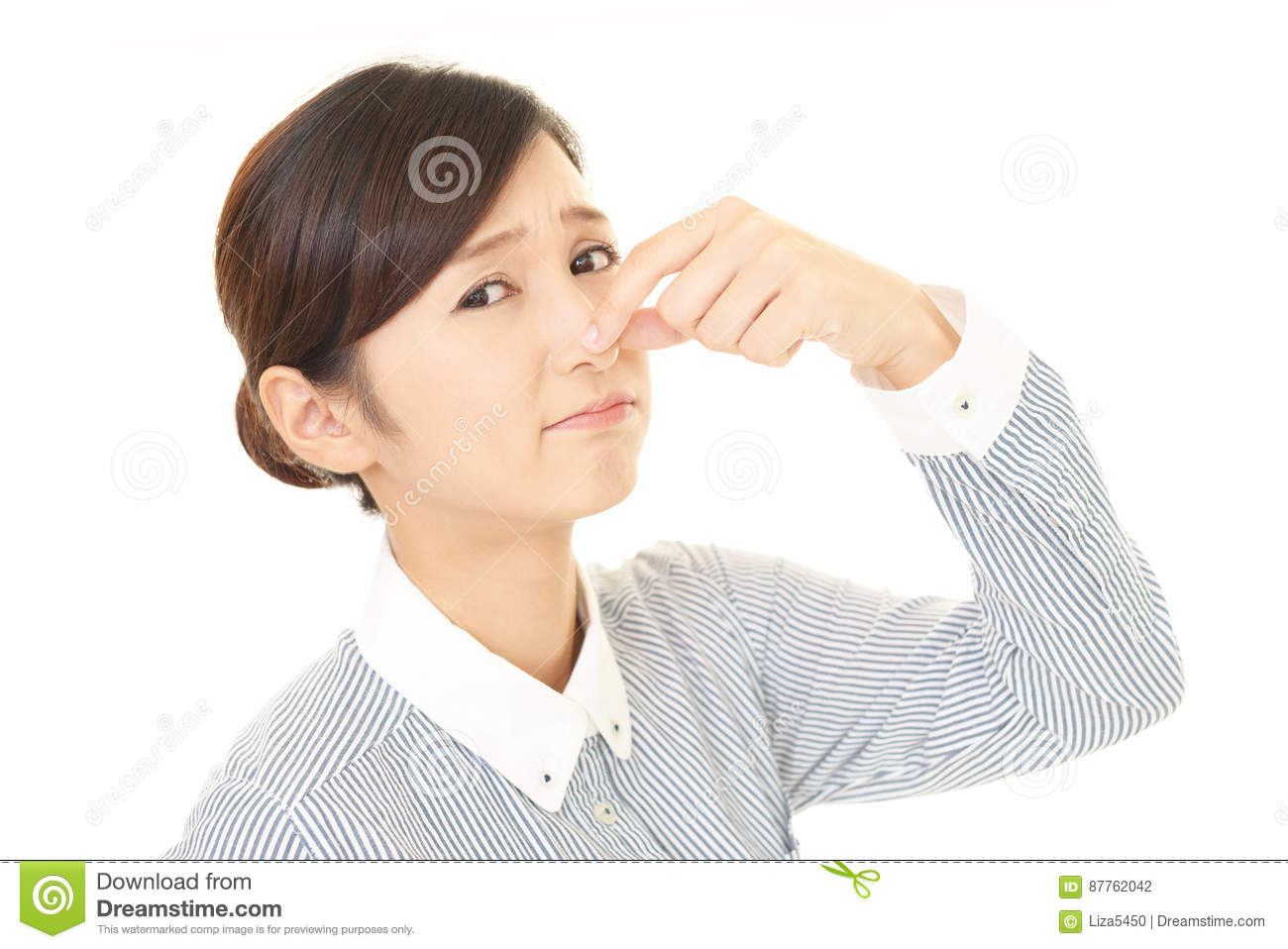 The woman who holds a nose in check