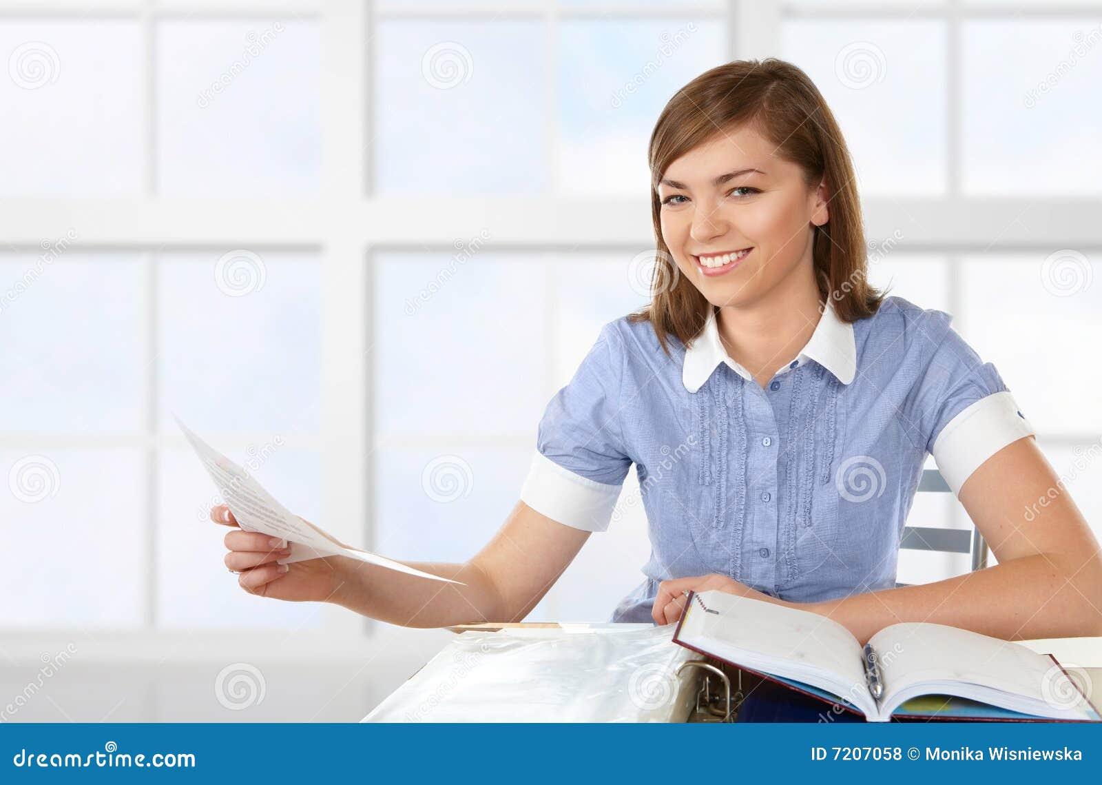 essays about working women Ielts working women essays: read writing samples in order to get a better ielts score.