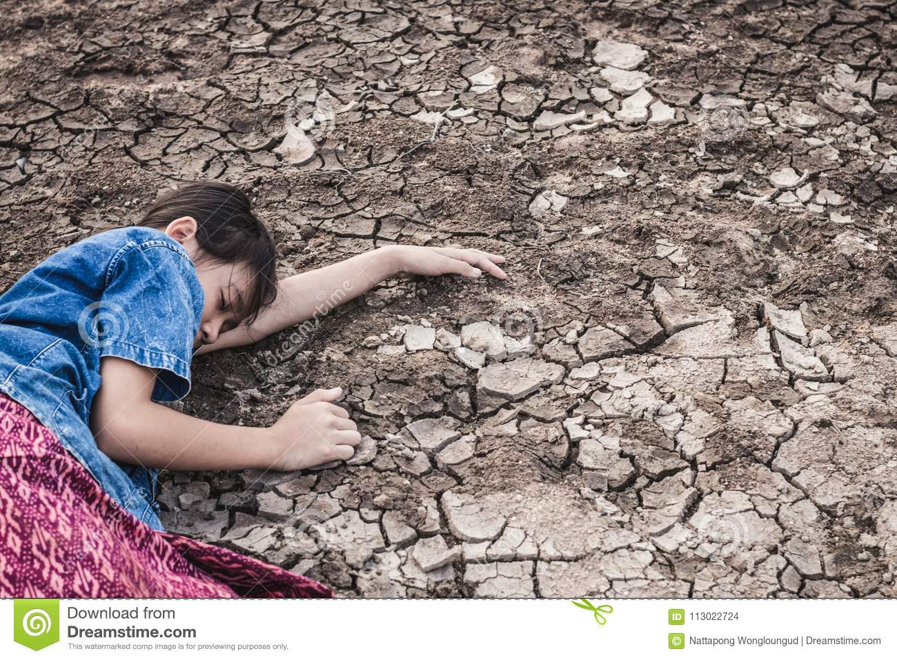 The Women On The Arid Soil In Hot Weather Lacked Drinking  Stock