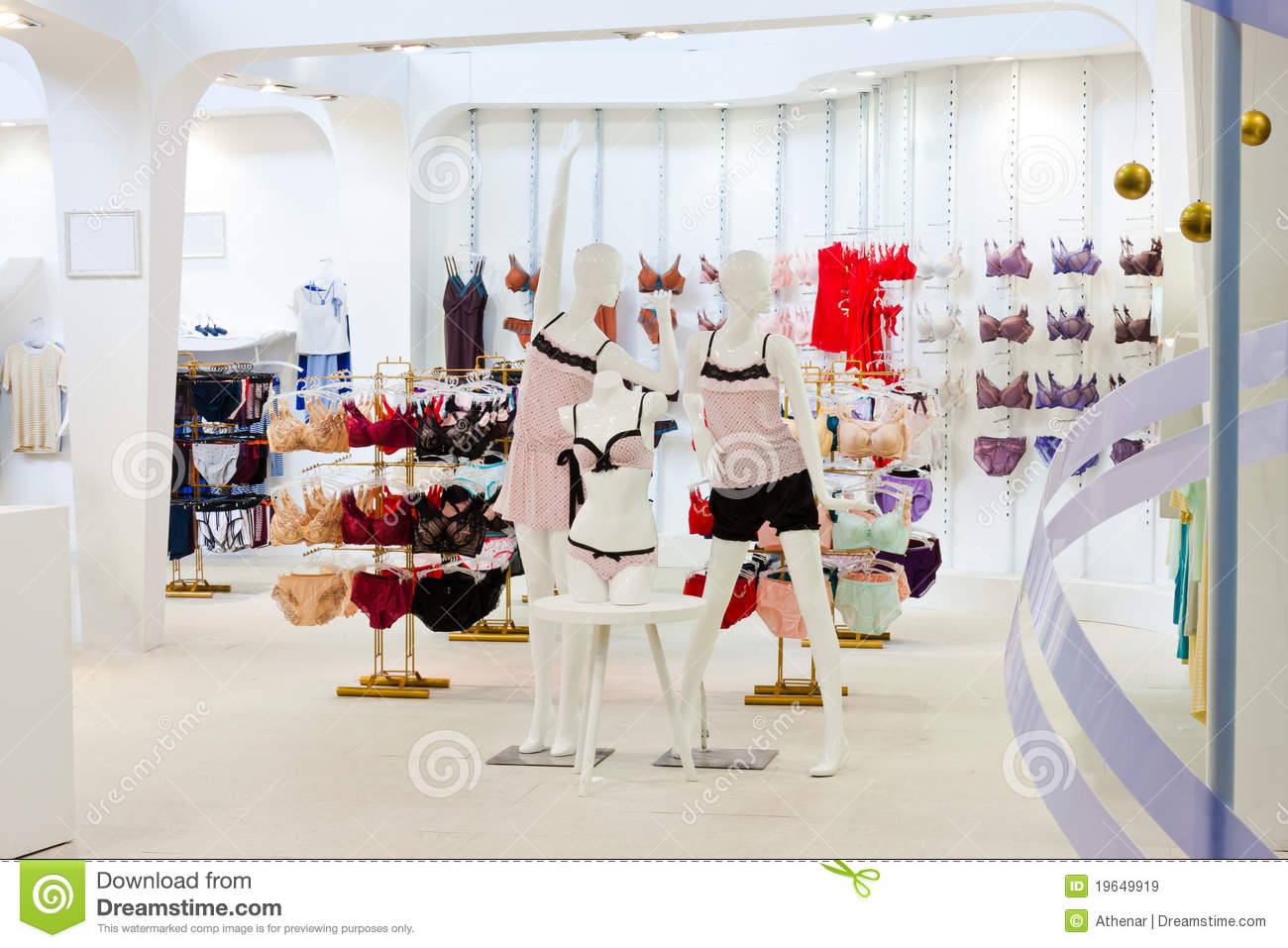 In Marketplace. MOdE women's clothing and accessories store