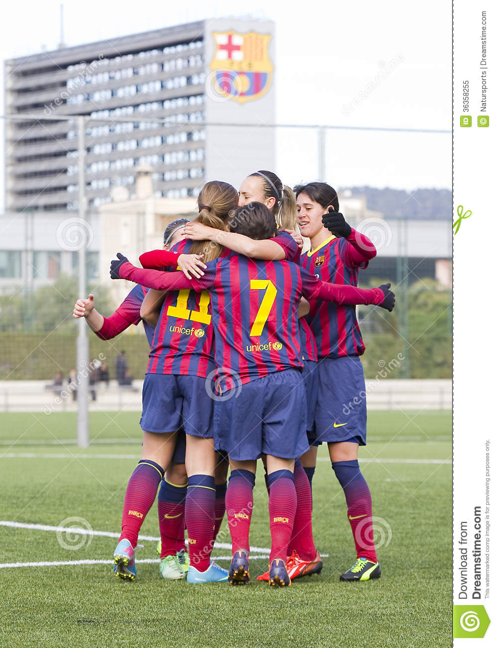 Women fc barcelona goal celebration editorial image image 36358255 - Forlady barcelona ...
