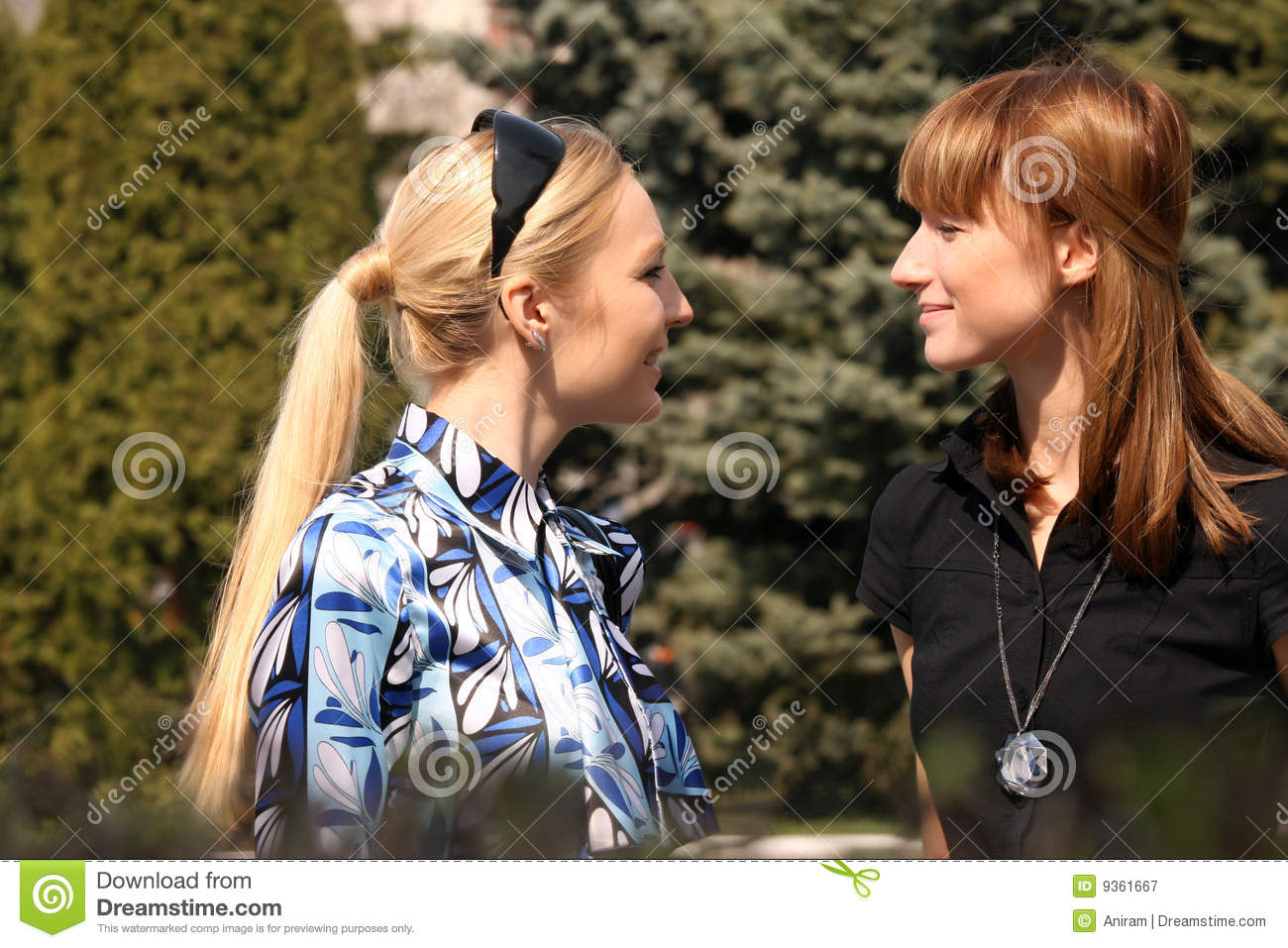single lesbian women in parks Single lesbian woman - we are leading online dating site for beautiful women and men date, meet, chat, and create relationships with other people.