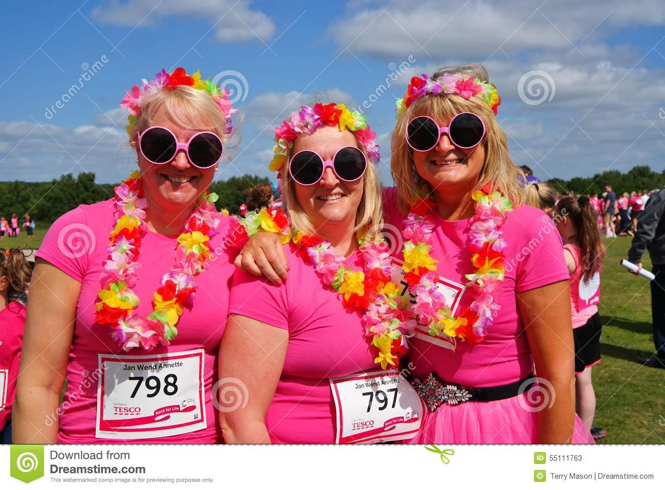 Women at Race For Life event