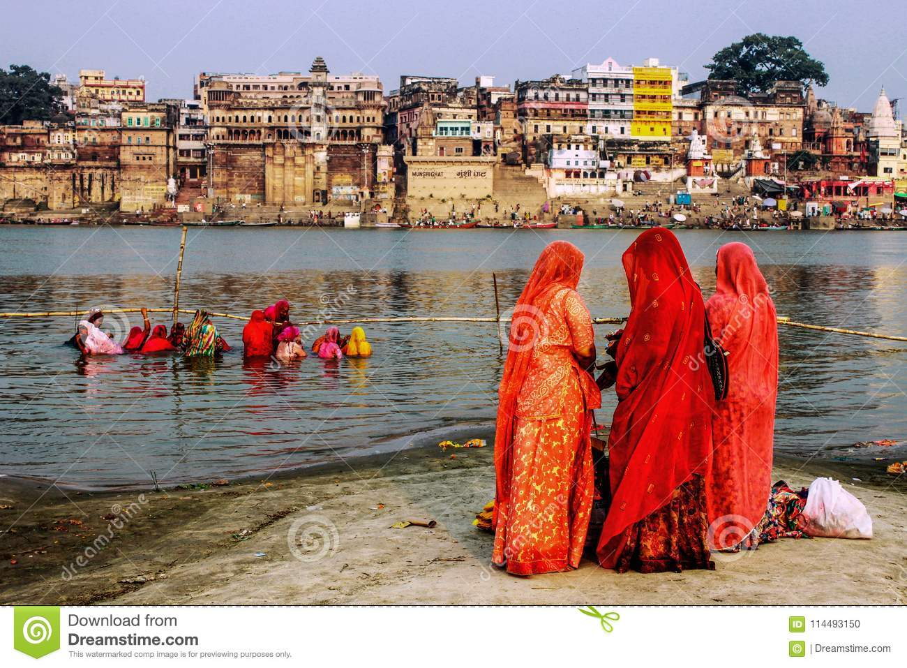 Women And Religious Rituals In The Ganges Editorial Image - Image of