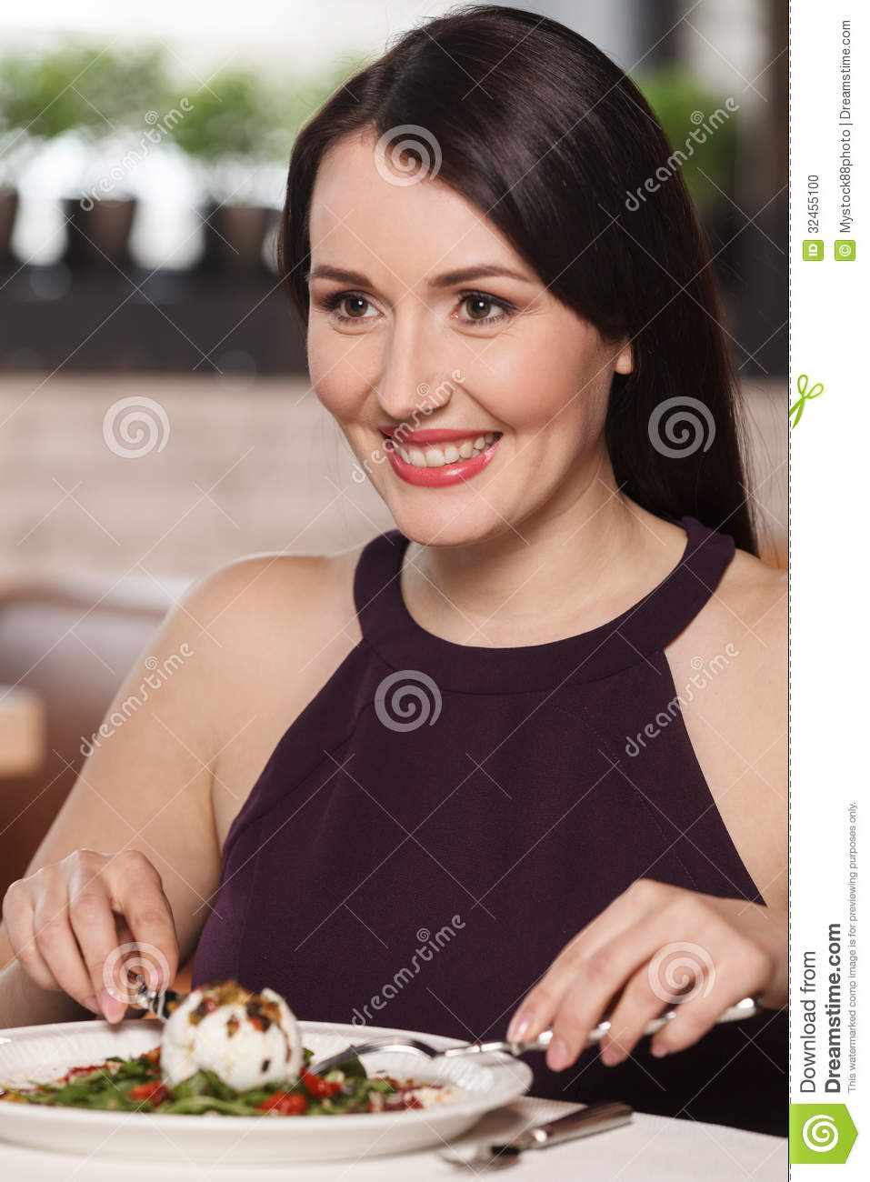 Beautiful Eat In Kitchens: Women At Restaurant. Portrait Of Beautiful Middle-aged