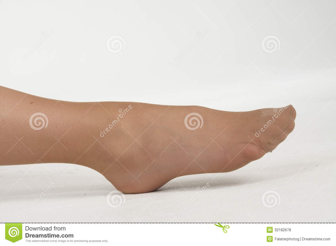Close fetish foot pic up womens can