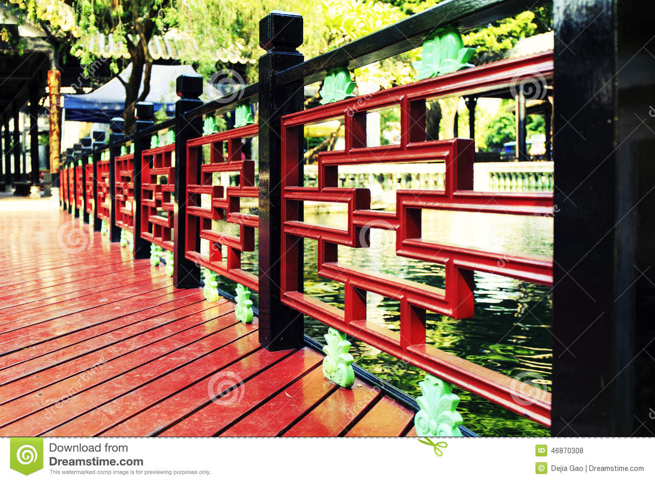 Wood Banister By The Pond Wooden Handrail With Chinese