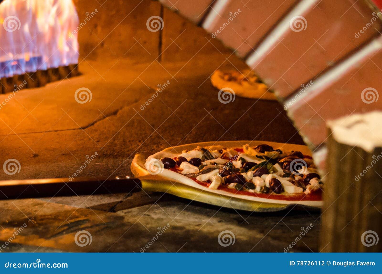 Wood brand för pizza