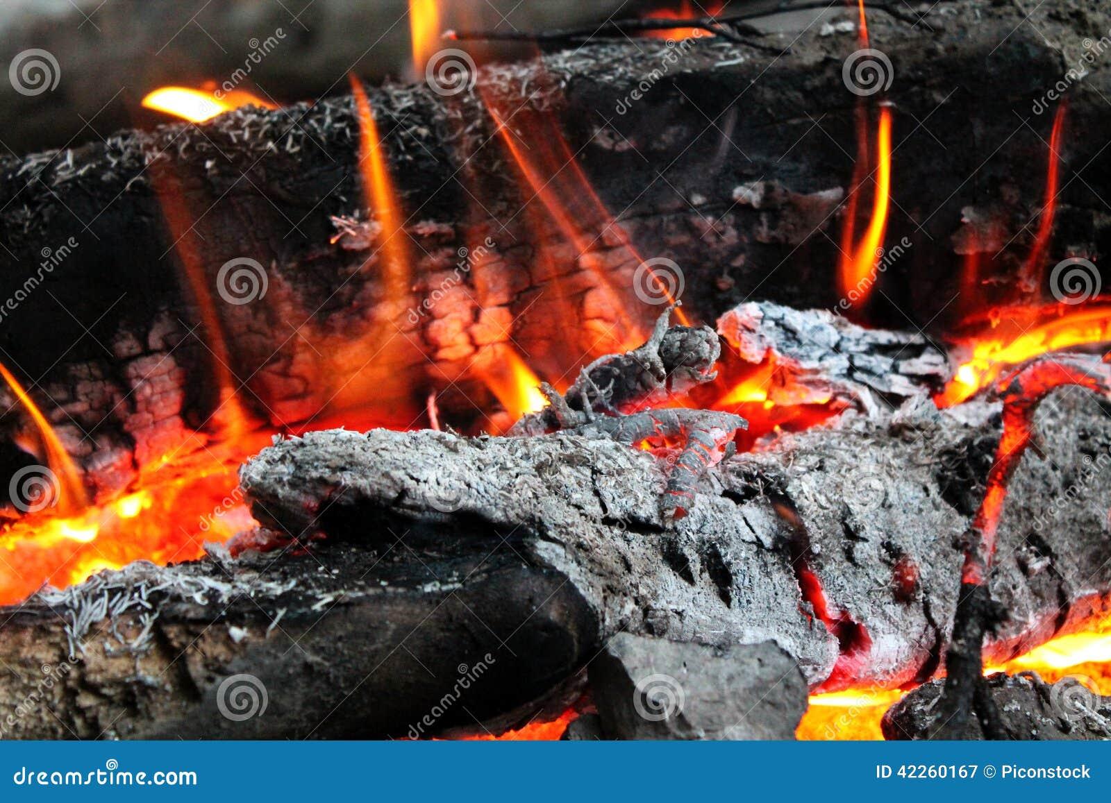 Wood brand och glöd