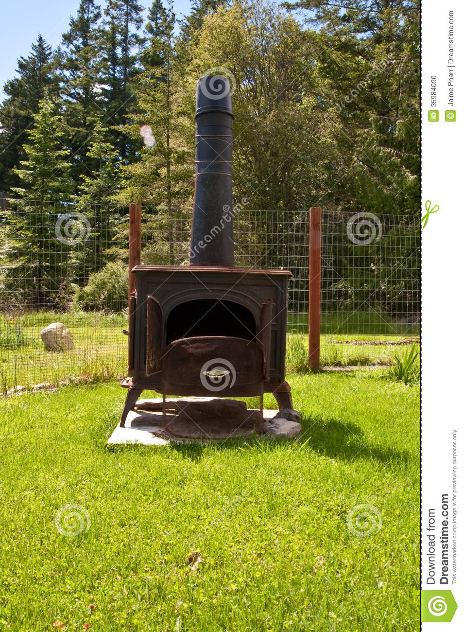 Wood burning stove - Wood Burning Stove Stock Photo - Image: 35984090