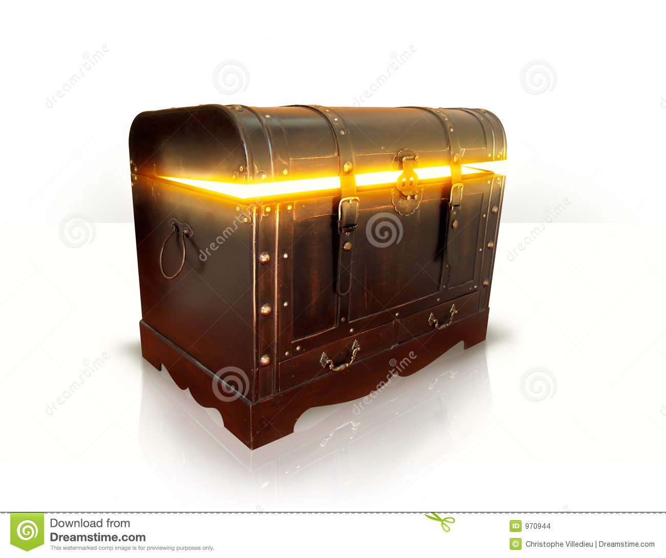 Wood Chest Full Of Gold Stock Images Image: 970944. Full resolution  portraiture, nominally Width 1300 Height 1090 pixels, portraiture with #C59F06.