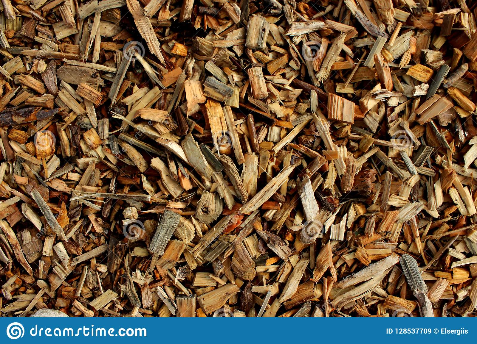 Wood chips for creating chipboard or lining