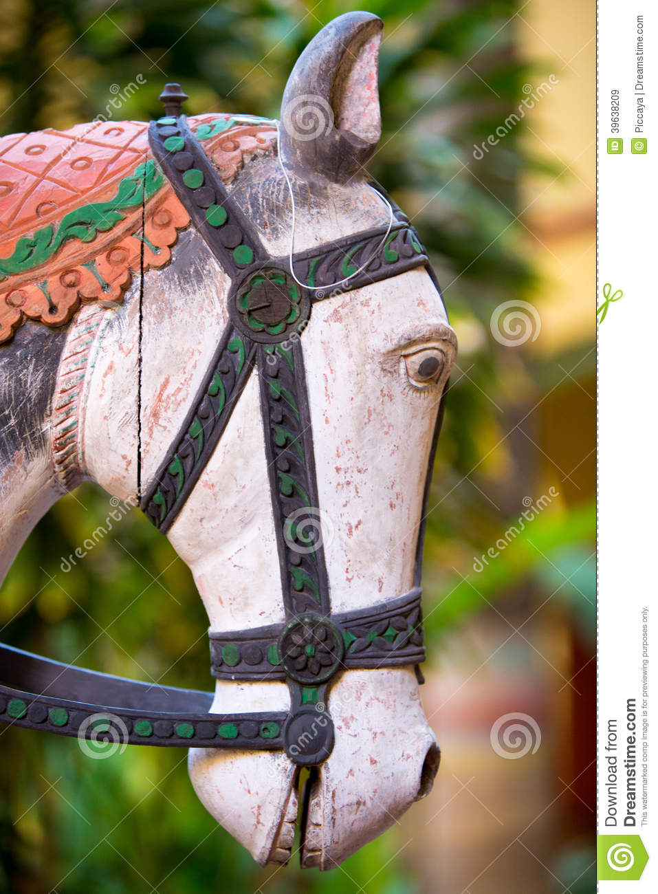 1 591 Wood Horse Sculpture Photos Free Royalty Free Stock Photos From Dreamstime