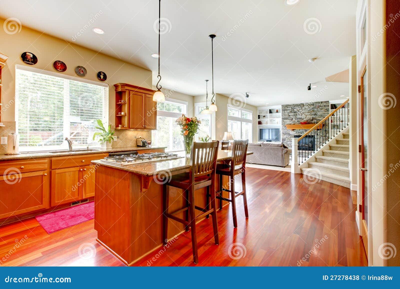 Wood Lyxigt Stort Kök, Vardagsrum Arkivfoto - Bild: 27278438