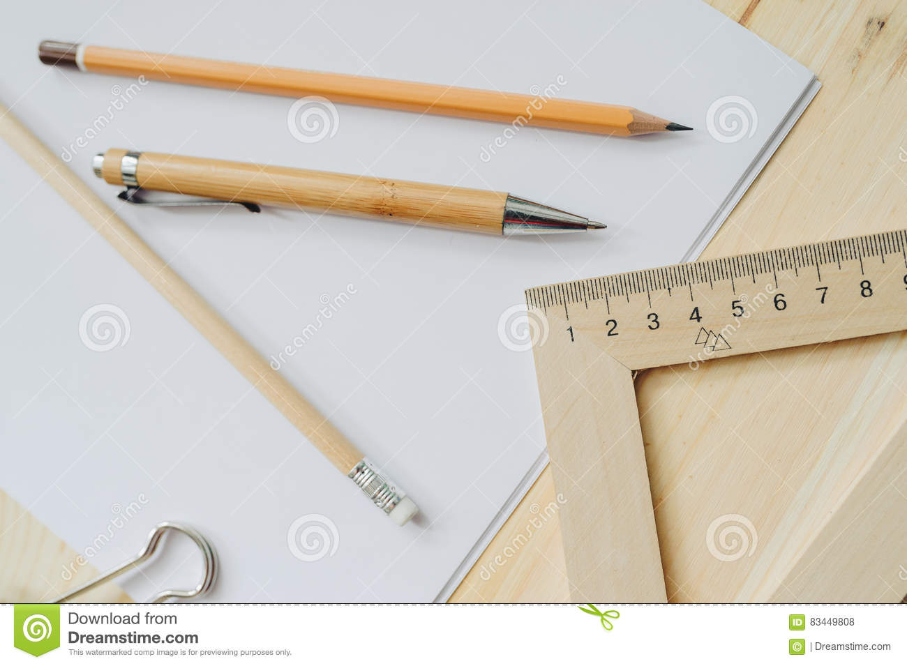 Wood Pencil, Pen, Triangle, Briefpapier Clip On The Desk In Daylight ...