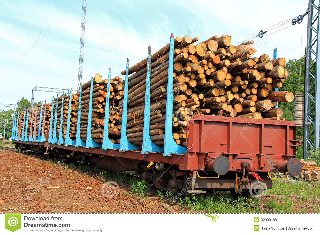Wooden Rail Cars ~ Wood in railcars royalty free stock photos image