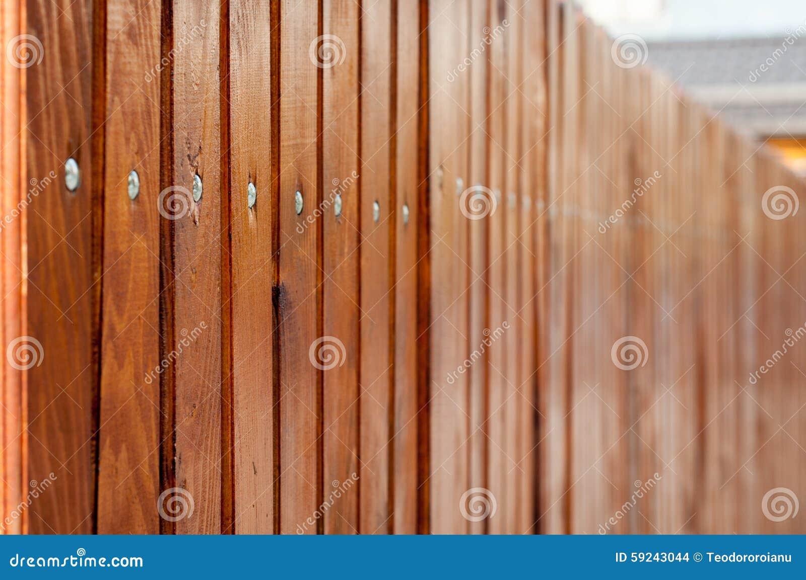 Wood staket