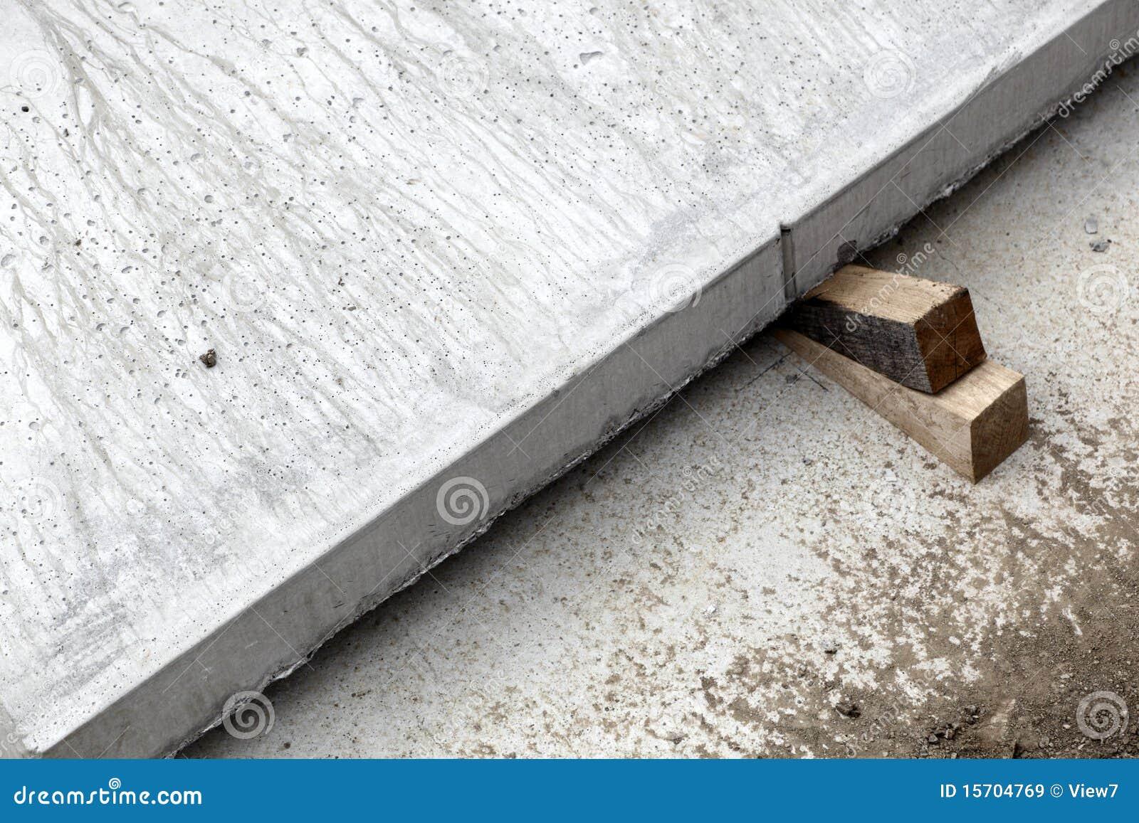 Wood Wedges Concrete Slab Stock Image Image Of Wedged