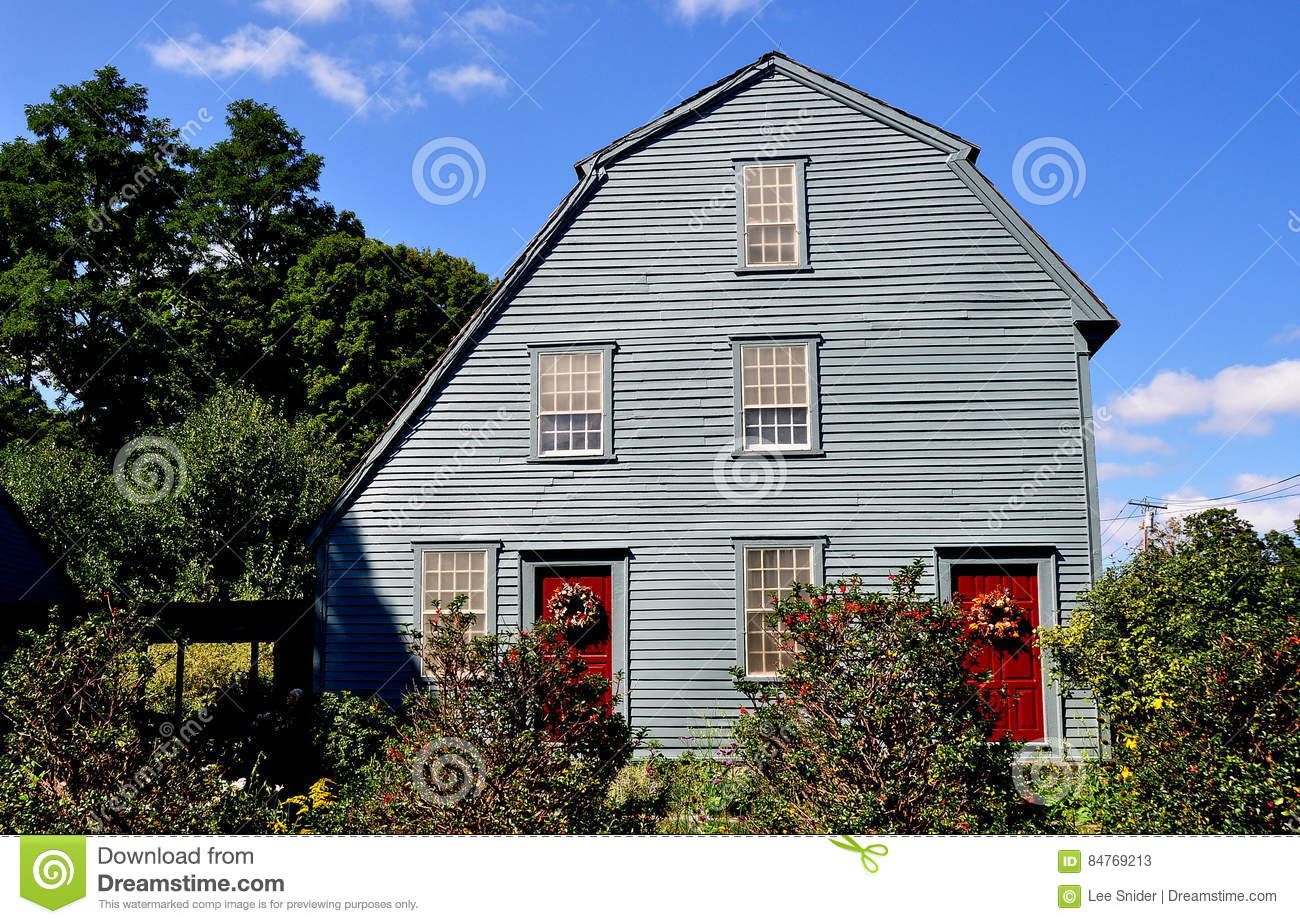 woodbury ct 1750 glebe house editorial stock photo image 84769213 1750 colonial connecticut gambrel glebe house roof saltbox
