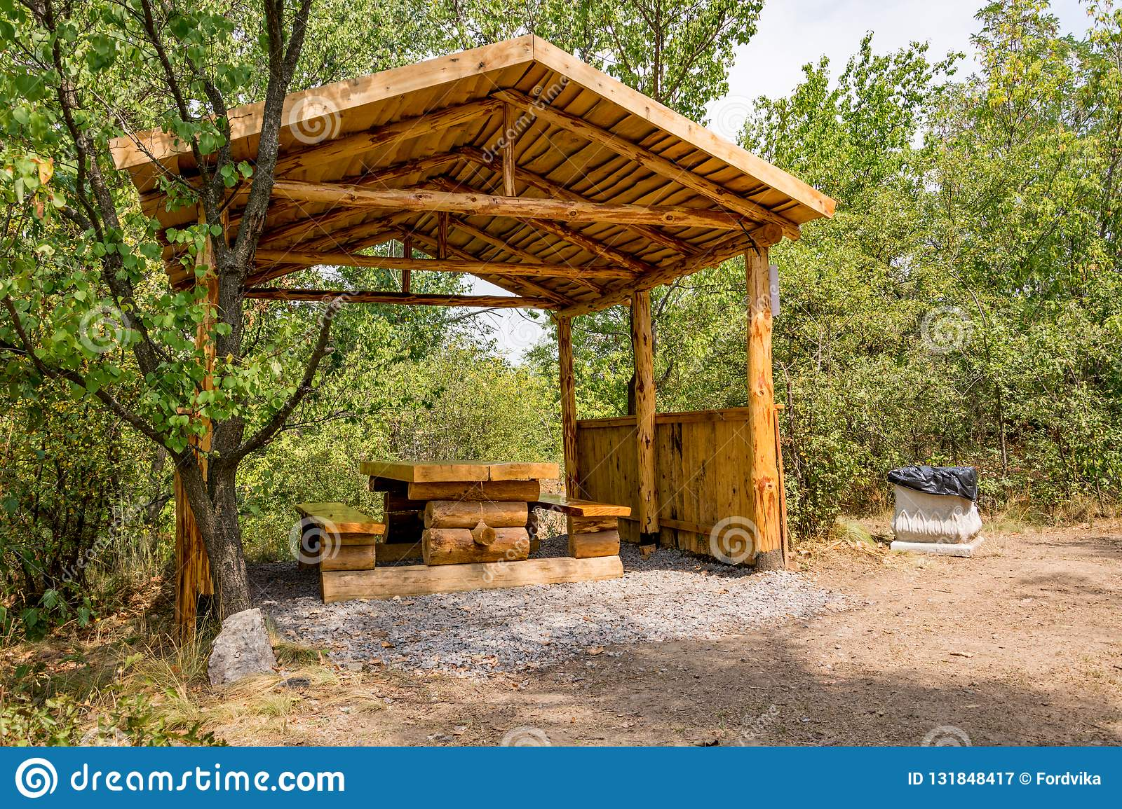 Groovy Wooden Arbor With A Table And Benches For Outdoor Recreation Ibusinesslaw Wood Chair Design Ideas Ibusinesslaworg