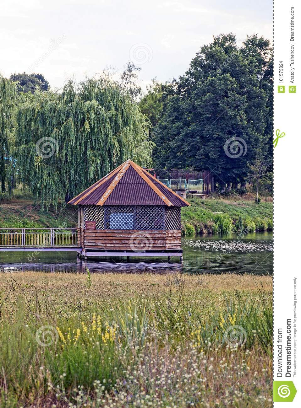 Beautiful Wooden Cottage On The Lake By Green Meadow