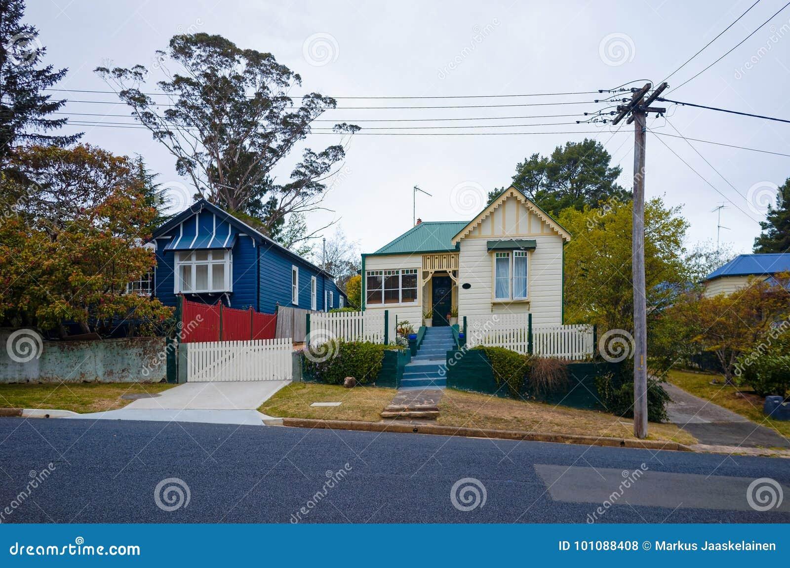 Wooden buildings in an Australian suburb