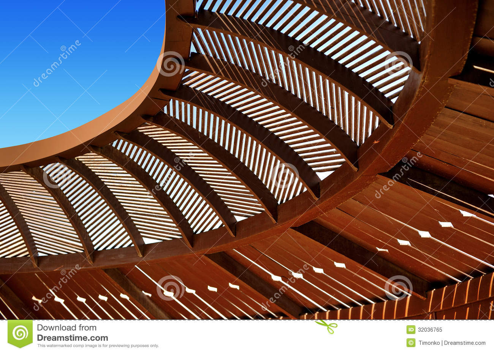 Wooden ceiling gazebo stock image image of light beam for Techos redondos fotos