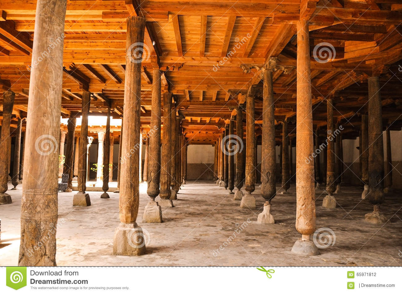 Wooden columns at the djuma mosque in ichan kala khiva for Wood architectural columns