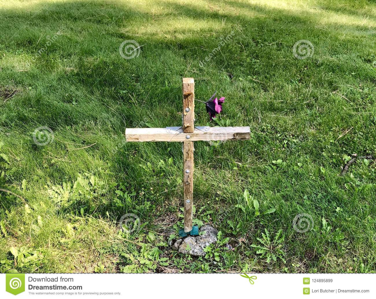 Wooden Cross Marking A Grave Stock Image Image Of Small Faith