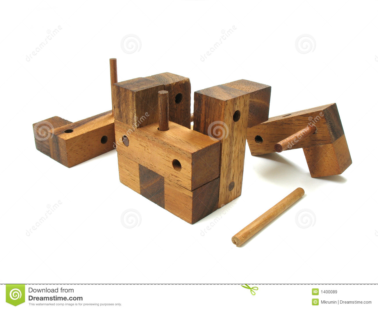 Wooden Cube Puzzle 5 Royalty Free Stock Images - Image: 1400089