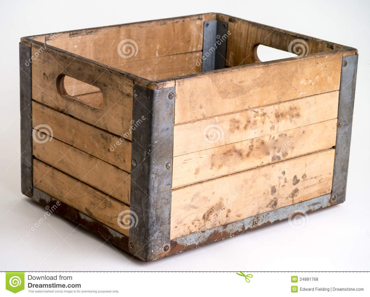Wooden dairy crate over white royalty free stock photos - Vieilles caisses en bois a vendre ...