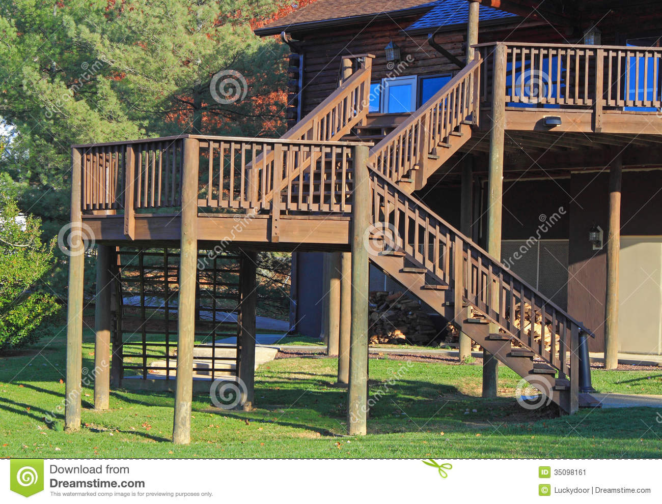 Building Elevated Deck Stairs