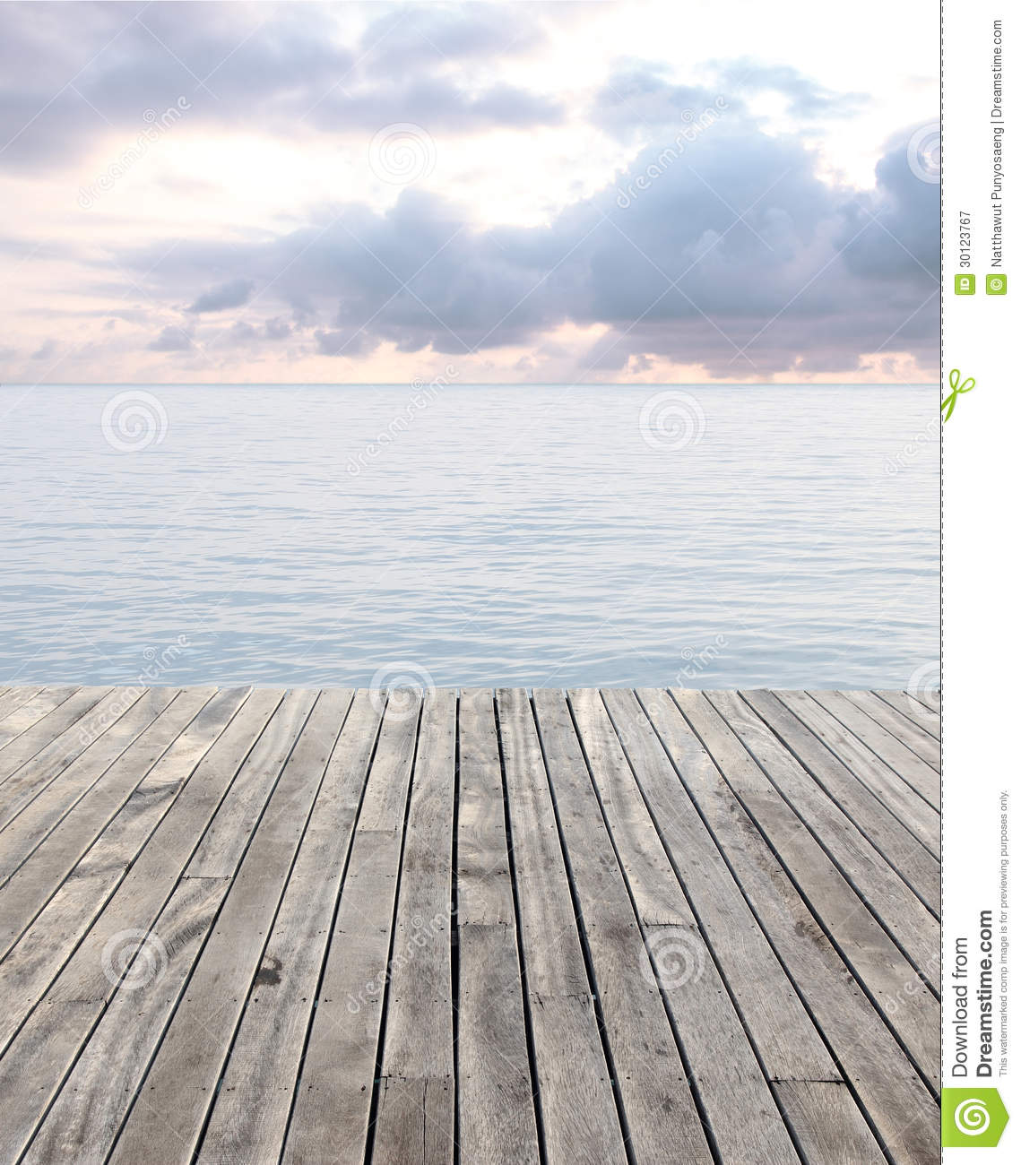 Wood Floor On Beach Sea And Blue Sky For Background Stock: Wooden Floor And Blue Sea With Waves And Cloudy Sky Stock