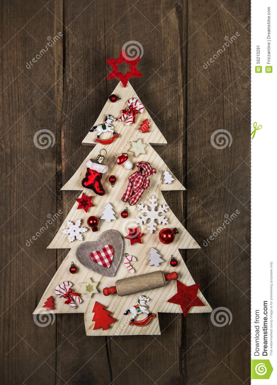White christmas tree with red decorations - Wooden Handmade Christmas Tree With White And Red Decoration