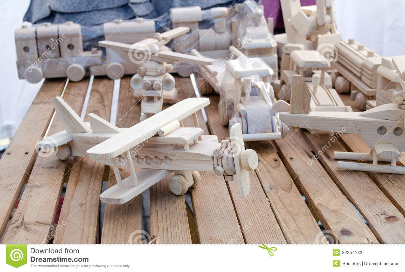 Toy Model Gallery : Wooden handmade plane helicopter toy models store stock
