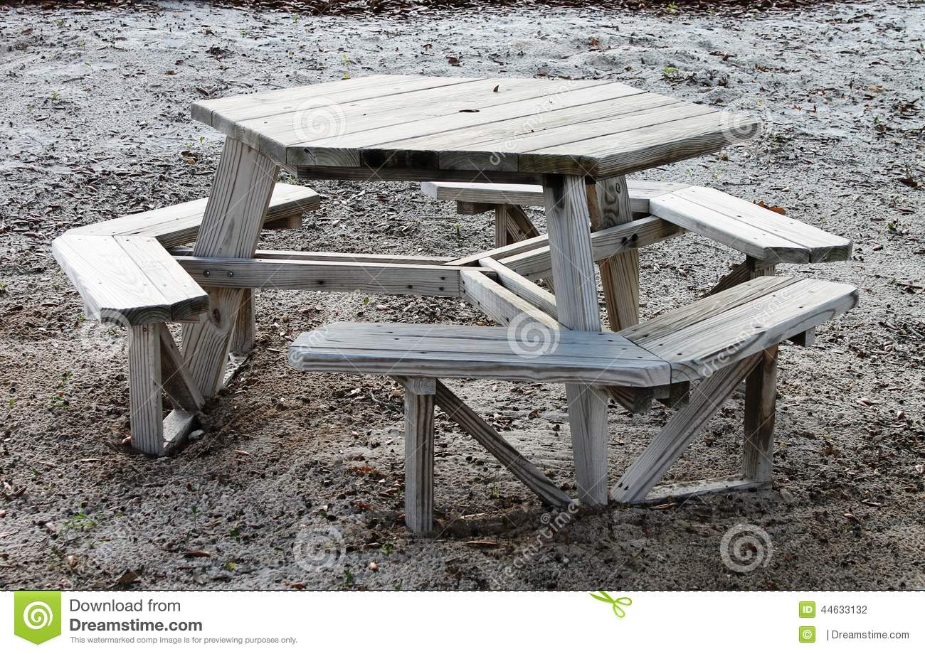 free octagon wooden picnic table plans | Quick Woodworking ...